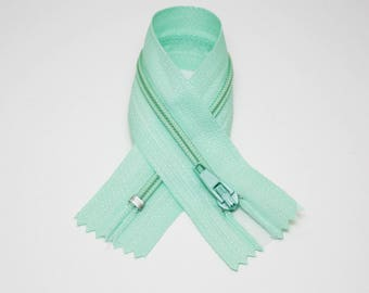Zip closure, 18 cm, pastel green, not separable