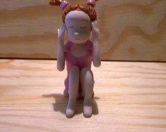 Decorative figurine: Laura won't hear made cold porcelain