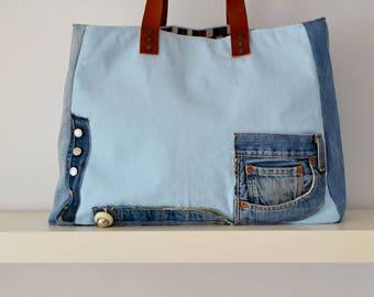 handbag, bag, carrying case.
