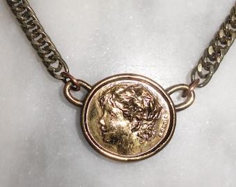 Vintage Jean Renoir, Son of Pierre Auguste Renoir Necklace Choker by Lillian Vernon 1977 Gold Tone