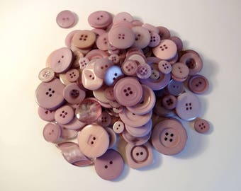 Lot 200 purple sewing scrapbooking buttons
