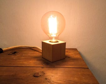 Raw wooden lamp