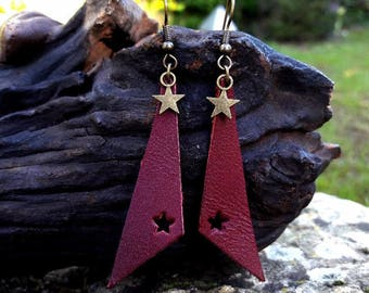 Earrings with leather triangles