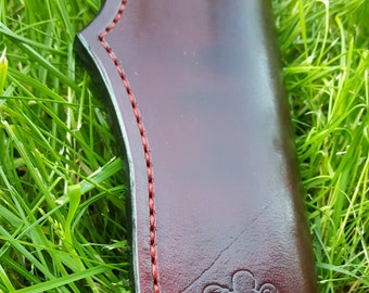 Handmade Leather Sheath. Fits knives similar to LT Wright Genesis. Fits knives with an oal of 8-10""
