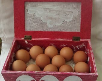 "Box Interior eggs ""hen nest style"""