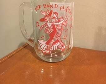 The band played on mug