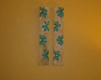 wooden pallet decor/daisies