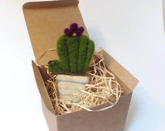 Thorny brooch/Cactus ' brooch