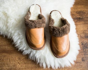 Women eco leather slippers brown slippers women's flip flops  mother christmas gift shoes boots wool woolen slippers vegan leather slippers