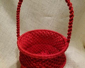 Handmade red macrame basket by TwistedandKnottyUS