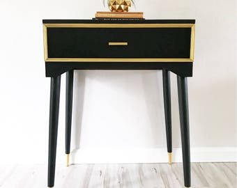 Vintage Glam Black & Gold Accent Table