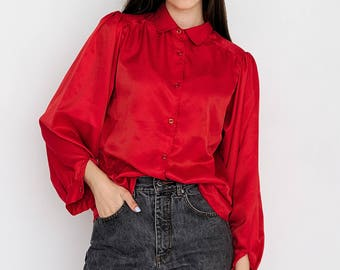 VINTAGE Red Long Sleeve Retro Shirt