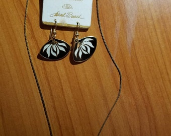 Laurel Burch Set~Enamel White Black Lotus-Cloisonne dangle earrings & necklace