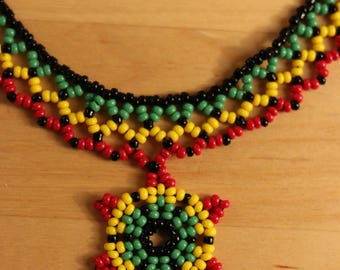 Adornment necklace and earrings in native American style seed beads