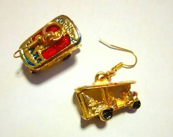 Tuktuk earrings (popular vehicle in Thailand)