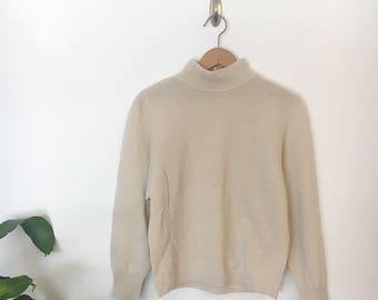 Vintage | Cream 100% Lambswool Sweater