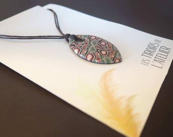 Oval necklace, navette, beige, Burgundy and green, ethnic Bohemian, colorful, chic, unique, psychedelic