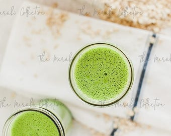 Green Smoothie Stock Photo/ Images for health, wellness & fitness Bloggers, Coaches and Entrepreneurs