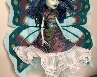 "OOAK Monster High ""Madame"""