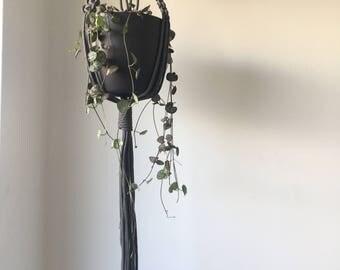 Macramé Plant/Pot Hanger