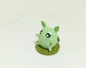 Mini Critter #11 - Leaf Creature Figurine