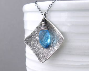 Swiss Blue Necklace Unique Silver Necklace Geometric Jewelry Handmade Silver Jewelry Gift for Women - Contrast