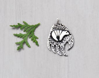 Vintage Sterling Silver Bear Pendant - tribal bear paw with fetish bear motif - Southwestern Native American symbol