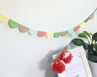 Multicolored Half Circle Banner Garland Decoration - Coral and Greens