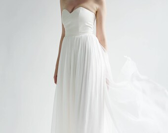 Silk strapless sweetheart Gown-