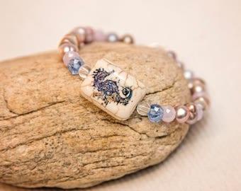Seahorse bracelet, freshwater pearl bracelet, purple pearl bracelet, gift for beach lover, seahorse jewelry, seahorse bracelet, gift for mom