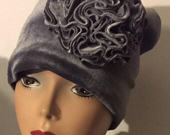 Silvery Gray HerHat Velvet Carnation
