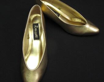 Vintage Romanelli Gold Shoes Ladies 8.5 Medium Pumps Low Heels
