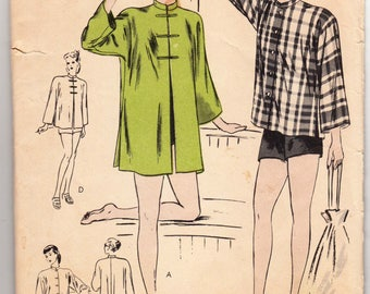 "Vintage Sewing Pattern 1940's Vogue 5477 Mandarin or Beach Coat Factory Fold 30-32"" Bust"