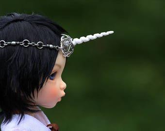 Tiny YOSD White and Silver Unicorn Crown