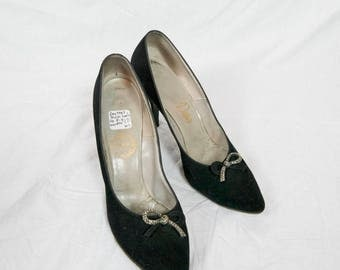 Vintage 1940 1950 black shoes high heels pumps black 9 AAAA