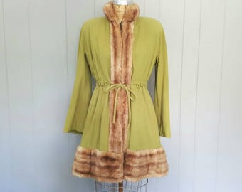 1950s Fur and Wool Swing Coat / split pea green / Small