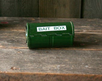 Metal Bait Box Green Vintage From Nowvintage on Etsy