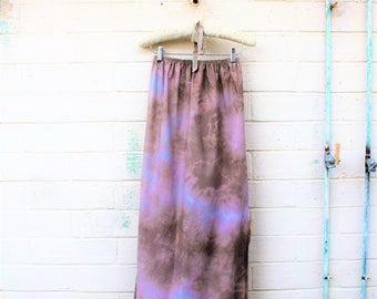 Small/Med Tie Dye Maxi Skirt/ Blue Maxi Skirt/Upcylced Clothing/Tye Dye Skirt/Music Festival Wear/Maxi Tye Dye Skirt/Blue Slip/Tie Dye Skirt