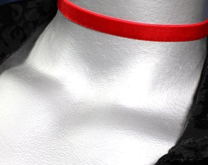 10mm Plain Red Velvet Choker