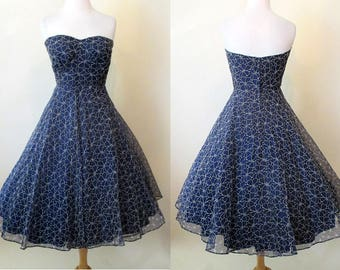 Delightful 1950's Strapless Summer Party Cocktail Dress Cut Chiffon Lace Pinup girl Rockabilly Vintage Chic  Size Small