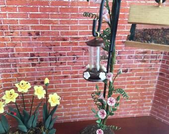 Miniature Hummingbird Feeder, Dark Red Mini Feeder, Dollhouse Miniature, 1:12 Scale, Dollhouse, Miniature Yard & Garden Decor, Accessory