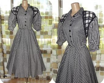 Vintage 80s Buffalo Plaid Dress   1980s Choon Flannel Dress   Full Sweep Tea Length Dress   Black & White Shirtdress   Dress With Pockets