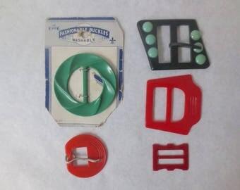 Vintage '30s/'40s Bakelite Buckles, Carved and Textured, Le Chic Original Card, Vintage Plastic