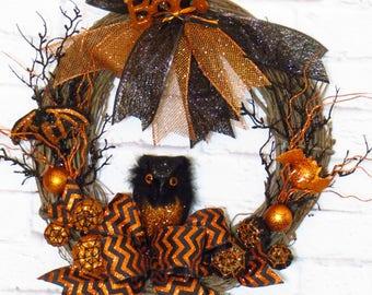 Halloween Wreath, Halloween Decoration, Halloween Owl, Black and Orange Wreath, Halloween Grapevine, Halloween Decor