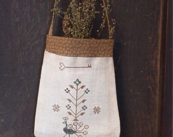 Primitive cross stitch Country Sampler ditty bag pouch