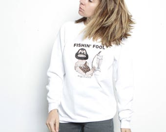 vintage FISHIN FOOL cave man white sweatshirt size Medium