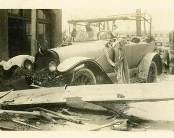 "Vintage Photo ""Earl's Junk Yard"" Snapshot Antique Black & White Photograph Found Paper Ephemera Vernacular Interior Design Mood - 127"