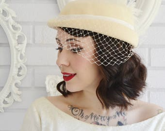 Vintage 1980s Cream Wool Hat with Ribbon Feathers and Veil by Fedoria