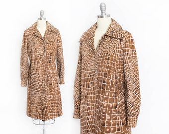 Vintage 1960s Dress - Gator Animal Print Cotton Long Sleeve Mod Shift Shirt Dress 60s - Medium M