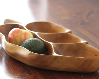 Large Wood Leaf Bowl, Blair Hawaii Monkey Pod, Hand Carved Wood Dish, Trinket Bowl, Hand Crafted, Solid Wood, Collectible